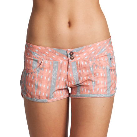 Turn heads on land or at sea with the Rip Curl Mirage Escapade Boardwalk Women's Short. Walkshort styling and a washed tribal print give it the casual look of a normal short, but it's made with Rip Curl's Mirage fabric so you can take it into the water without worry. - $59.45