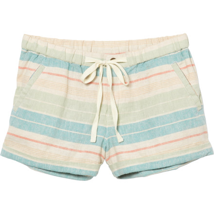 Surf Shimmy your Quiksilver Juniors Women's Long Bay Stripe Shorts up over your legs and take advantage of the summer sun. These lightweight short shorts show off your stems and let the sun warm your skin. - $49.50