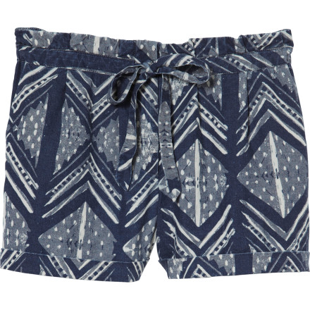 The QSW Ocean Woodblock Short brings a fun, energetic feel to your summer wardrobe thanks to its bold print and old-school cut. Rock these shorts whenever you want to get some sun on your legs. - $58.00