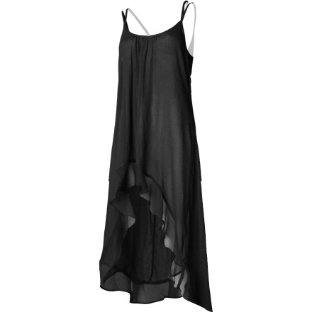 The fun, multi-dimension RVCA Women's Mogador Dress catches eyes and turns heads with its chiffon bottom tier, high-low hem, and unique looping low back. This easy-care and comfortable cotton sundress mixes casual sensibility with feminine detail for versatile, party-hopping appeal. - $53.95