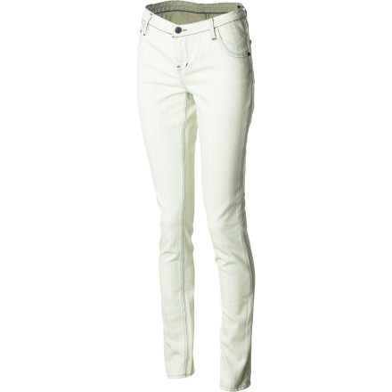 With its light wash, the look of the QKS Women's Lorne Skinny Denim Pant may be a touch retro but then, smoking-hot styles never really go out of fashion. And your mom's (OK, maybe young aunt's or older sister's) jeans never fit like this. - $88.00
