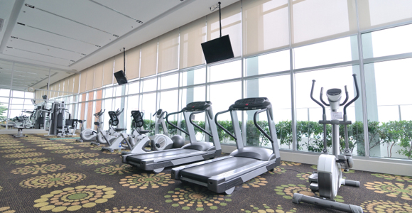 Fitness 8 Tips for Choosing the Right Gym.  Article by Joe Vennare