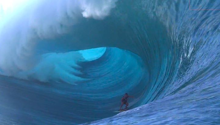 Surf Surfing the Heaviest Wave in the World - Teahupoo by Redbull from this week...insane surf!