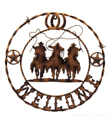 Show your guests Western-style hospitality with the Cowboy Barbwire Welcome Plaque. Crafted of metal, this unique plaque bears a well-worn look.Dimensions: 17.5 diameter. Type: Wall Decor. - $11.88