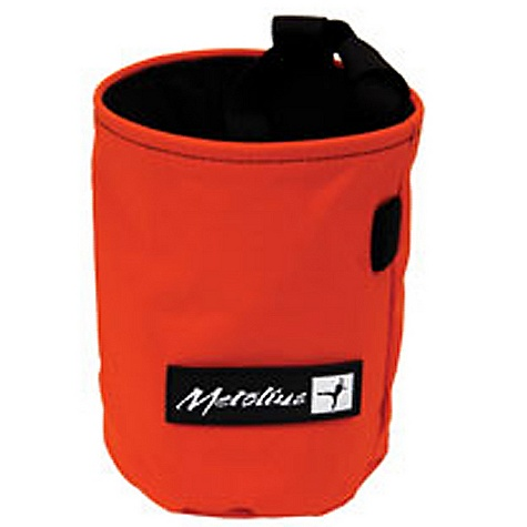Climbing Metolius Competition Chalk Bag DECENT FEATURES of the Metolius Competition Chalk Bag Classic cylinder style Full-length pile lining Stiff, easy-access rim Brush holder Includes belt with side-release buckle ALL CLIMBING SALES ARE FINAL. - $14.95
