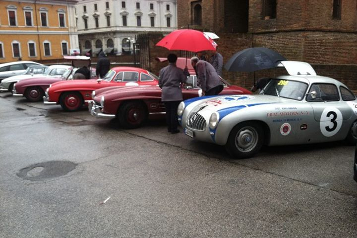 Auto and Cycle 300SLs in Ferrara.