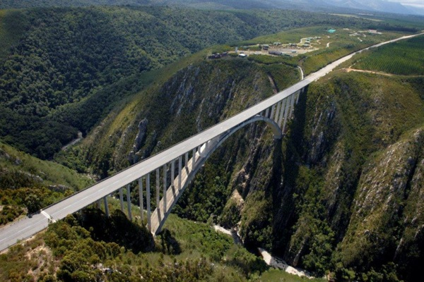 Extreme Discover Bloukrans Bridge, the world's highest bridge bungee jump.  Article by Shannon Dybvig