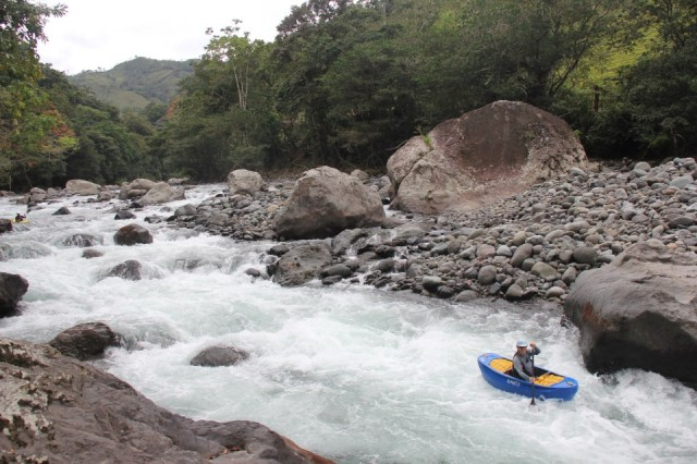 Kayak and Canoe Five tips for paddling in Costa Rica.  Canoe & Kayak magazine's online editor offers her advice.  Article by Charli Kerns