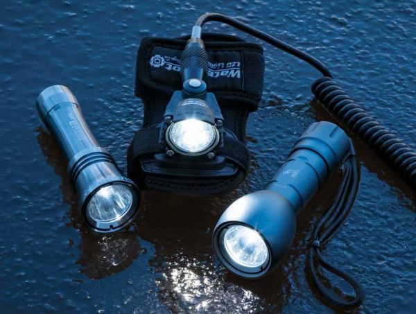 Scuba Best and Brightest: An Illuminating Look at 13 New Dive Lights.  Article by John Brumm posted May 15, 2013
