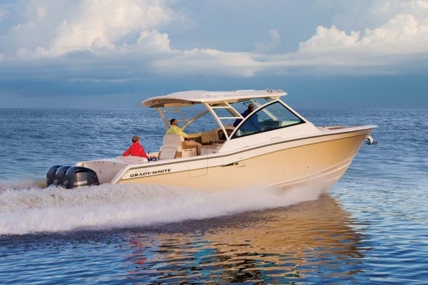 Fishing Grady-White Freedom 375 Dual Console.  First impressions of the Freedom 375 are of spaciousness and comfort.  Article by Glenn Law on May 16, 2013