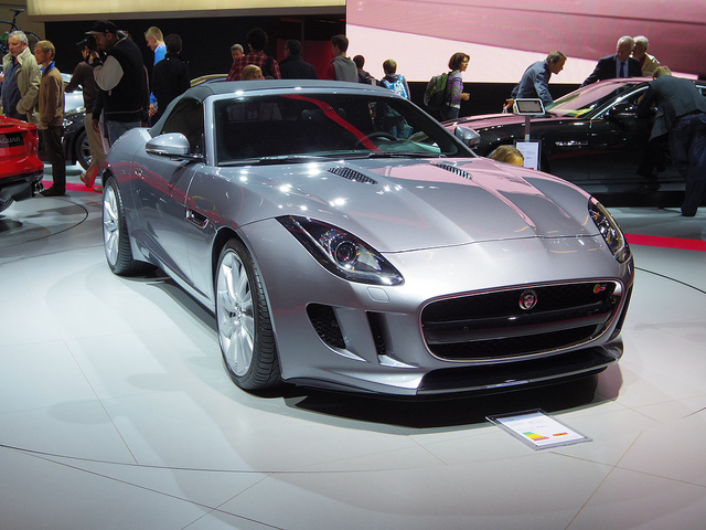 Auto and Cycle Jaguar F-Type - 13 octobre 2012