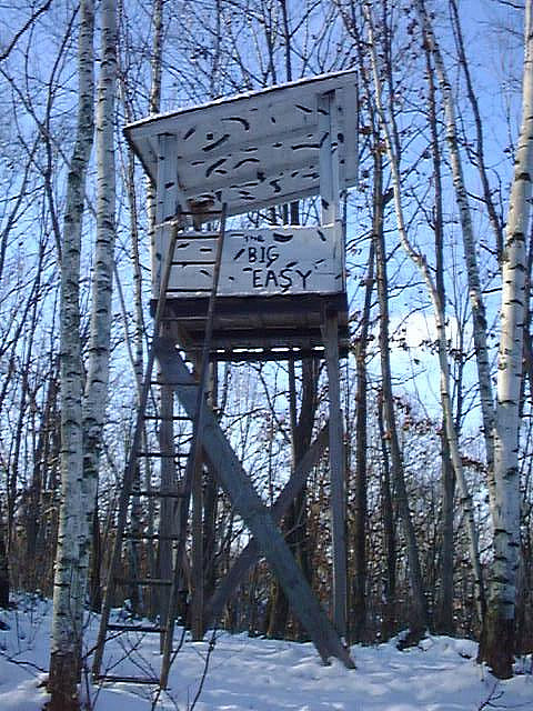 Hunting The Big Easy Deer Stand in Wisconsin