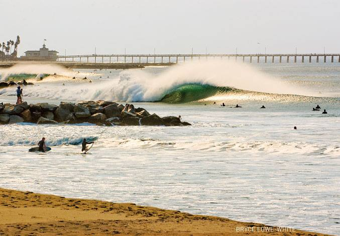 Surf Here is a good question from Surfer Magazine. Is your home wave a surf spot or a break? I'd call this part of Newport a break. I'd also call this epic. http://www.surfermag.com/blogs/opinion/opinion-difference-between-real_surf_spot-surf-break/