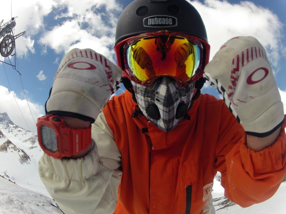Ski Professional skier Ian Scratch out of Chile. Rockin the RZ Mask!