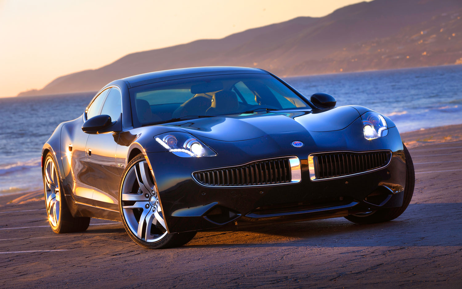 Auto and Cycle Fisker Resale Values Tumble On Uncertain Future.  Article by Edward A. Sanchez posted May 18, 2013