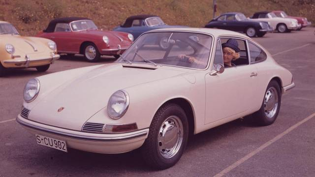 Auto and Cycle Learning to drive in the 35th Porsche 911 ever made.  Article by Jeff Zwart on May 22, 2013