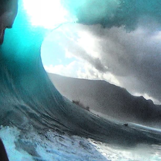 Surf Insta: @markmathewssurf ||  Inside a chopes froth monster today