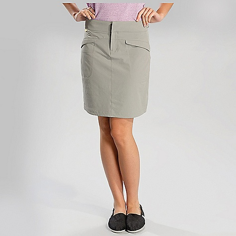 Free Shipping. Lole Women's Canyon Skirt DECENT FEATURES of the Lole Women's Canyon Skirt Skirt with adjustable waistband Hook and bar closure 2 Flap pockets at front 2 Welt pockets at back Length: 19in. / 48.5 cm - $69.95
