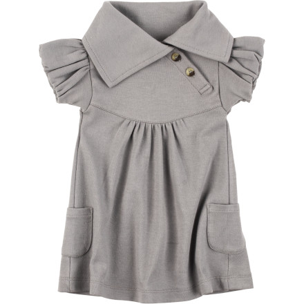 Dress your baby girl in the Kate Quinn Organics Infant Girls' Lounge Short-Sleeve Dress when you have a family function or barbecue to attend. This stylish piece features soft organic cotton that feels divine against her baby skin, while its plethora of chic details give her an adorable look. - $27.95