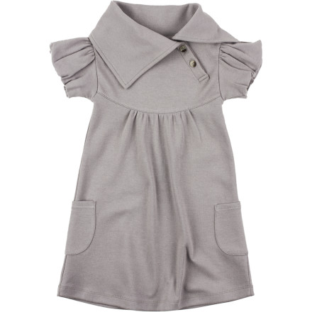 Whether you want to capture some cute photos of your little lady or have a family event to attend, dress her in the Kate Quinn Organics Toddler Girls' Lounge Short-Sleeve Dress. Made with 100% organic cotton, this stylish dress features a plethora of chic features that's bound to make grandma or grandpa's heart melt at first glance. - $27.95