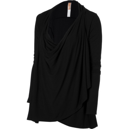 On your way to and from the studio, cover up with the light and airy Lucy Women's Take A Breath Wrap. This versatile wrap can be worn open or buttoned from either side for extra coverage. - $89.00