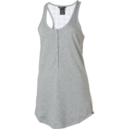 The Oakley Women's Some Like It Hot Tank Top is casual and fun with a tiny bit of sass. Wear this top when you want a laid-back look that is great for drinks on the patio or outdoor concerts. - $18.00