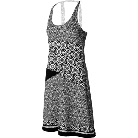 The Prana Women's Lisette Dress' soft organic cotton fabric keeps you comfortable, the unique mixed print panels add eye-catching fun, and the built-in shelf bra means you don't have to worry about a bra. - $74.95