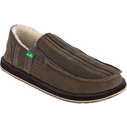 Surf You haven't yet achieved total slack-ass status, mainly because your Sanuk Donny Primo Shearling Slippers manage to maintain a touch of beach class with an overall relaxed style. Inspired by sandals but not out-done by shoes, these slippers' suede uppers gain you access to the clubhouse without forcing you to dress like the Man. An EVA midsole adds comfort and cushioning make hour of lounging still possible even if all the recliners are taken. - $39.98