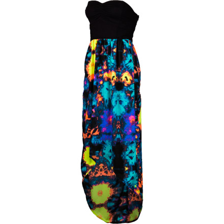 Surf The Hurley Sheila Maxi Dress brings bold color to bear, mixing it with delicate lace and an easy-flowing skirt to give you a look that is modern and fun with just a bit of an edge. Rock this when you feel like taking your day (or night) by the horns. - $49.45