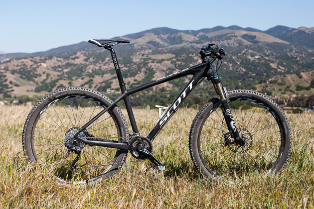 MTB Scott Scale 650b Hardtail Release - Scott releases the Scale 700 series, with carbon and aluminum models.  Article by Bike Magazine, April 2013