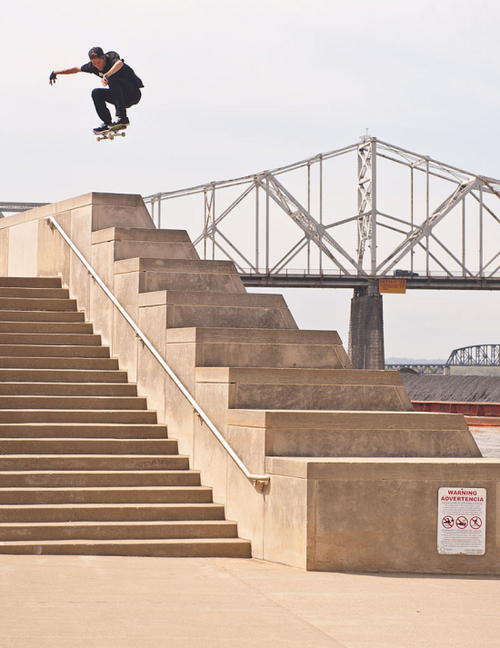 Skateboard Throwback Thursday - Remember that little ollie Jaws did last year? http://bit.ly/Z2RVuT