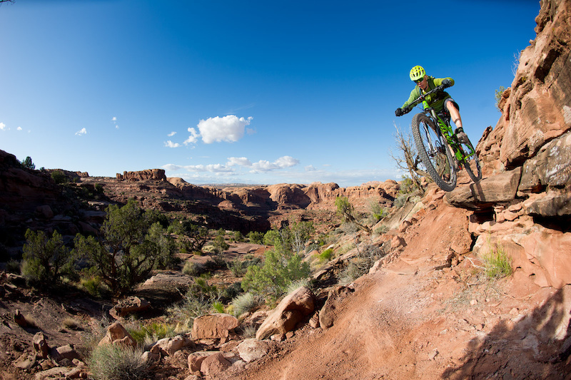 MTB Kyle Mears rides the Captain Ahab trail in Moab, Utah