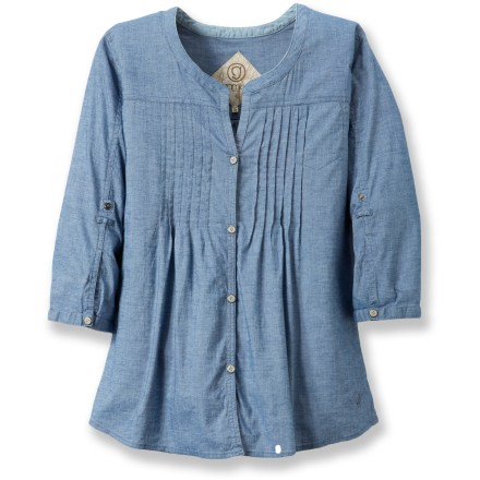 With flattering pintucks and a flowing hemline, the Gramicci Mara Chambray shirt is one you can wear any time you want to feel comfortable and relaxed. Made from a yarn-dyed cotton with a slubbed texture and light stretch, the Mara top is breathable and comfortable; garment washing adds extra softness. Gramicci Mara shirt has a relaxed fit that's roomy through chest, waist and hips; arms have a straight slim silhouette. 3/4-length sleeve cuffs roll up and secure with button tabs; hidden patch pocket. Wash separately in cold water before wearing. Closeout. - $38.73
