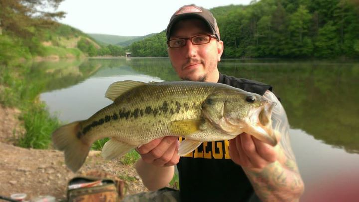 "Fishing Jeff shauf says:  ""Caught this big girl bank fishing Raystown Lake in PA on may 22 2013 on a white mister twister with 6 lb test line. Was fishing with my beautiful girlfriend for some panfish and to my surprise this big girl decided she wanted her pictur"