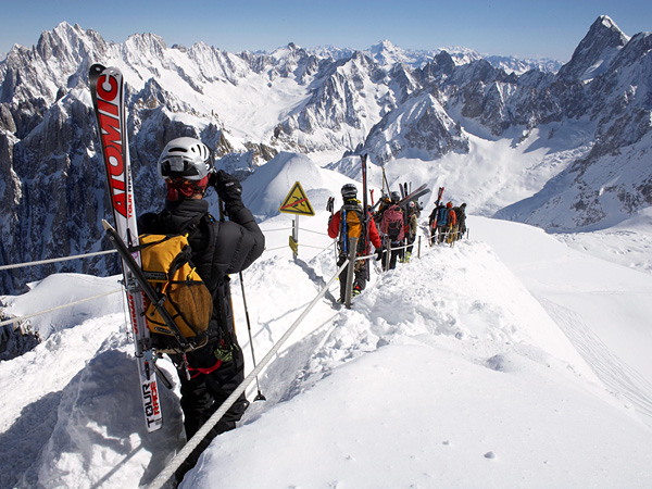 Ski Chamonix France has some of the world's premier lift-accessed steep skiing and snowboarding.  The best after-ski party spot is Chamonix Neuf!