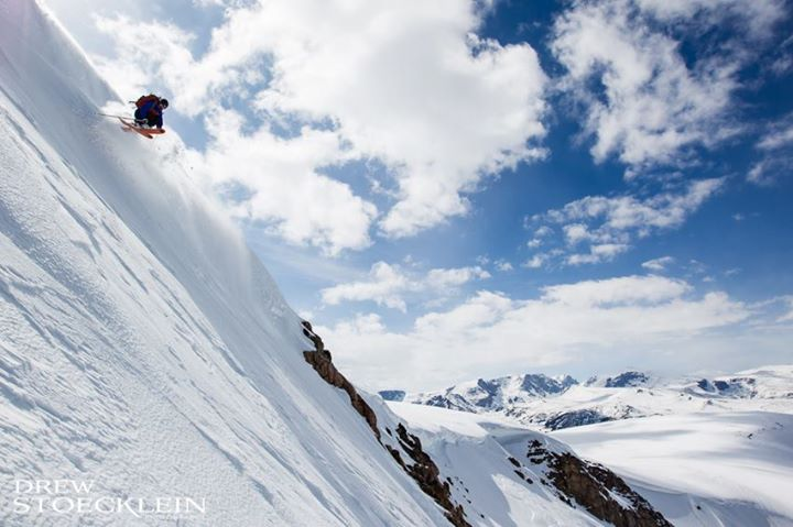 Snowboard Beartooth Basin started spinning its lifts this past weekend, and you need to go: http://bit.ly/110nJwW