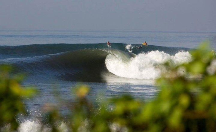 Surf #Mindsurf this or contact Waterways Travel and go surf this. Keramas, Bali http://www.waterwaystravel.com/surf_bali/
