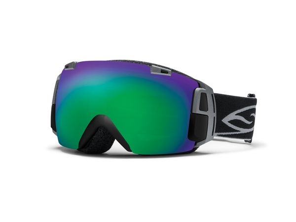 Snowboard Snow Goggles That Display Speed, Vertical, Weather Conditions