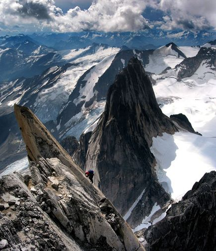 Climbing Photo: Climber on South Ridge of Bugaboo Glacier Park Canada