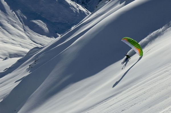 Ski Kite skier in the French Alps