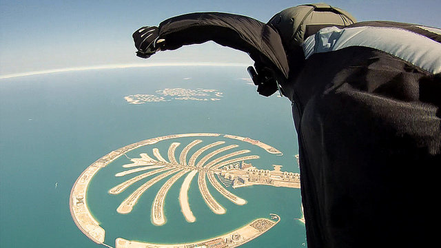 Extreme Dubai Wingsuit Flying