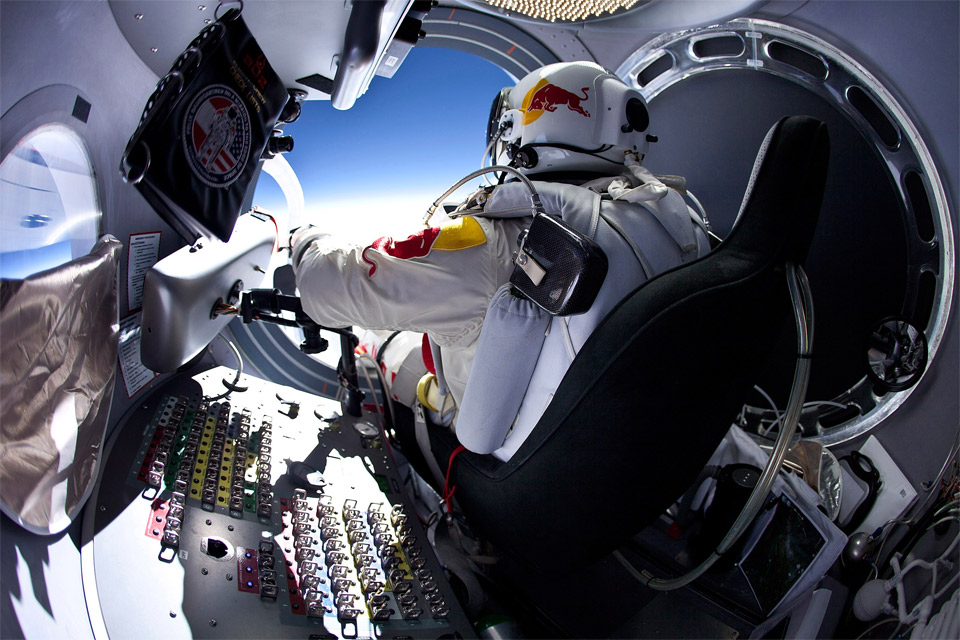 Extreme felix baumgartner getting ready to jump