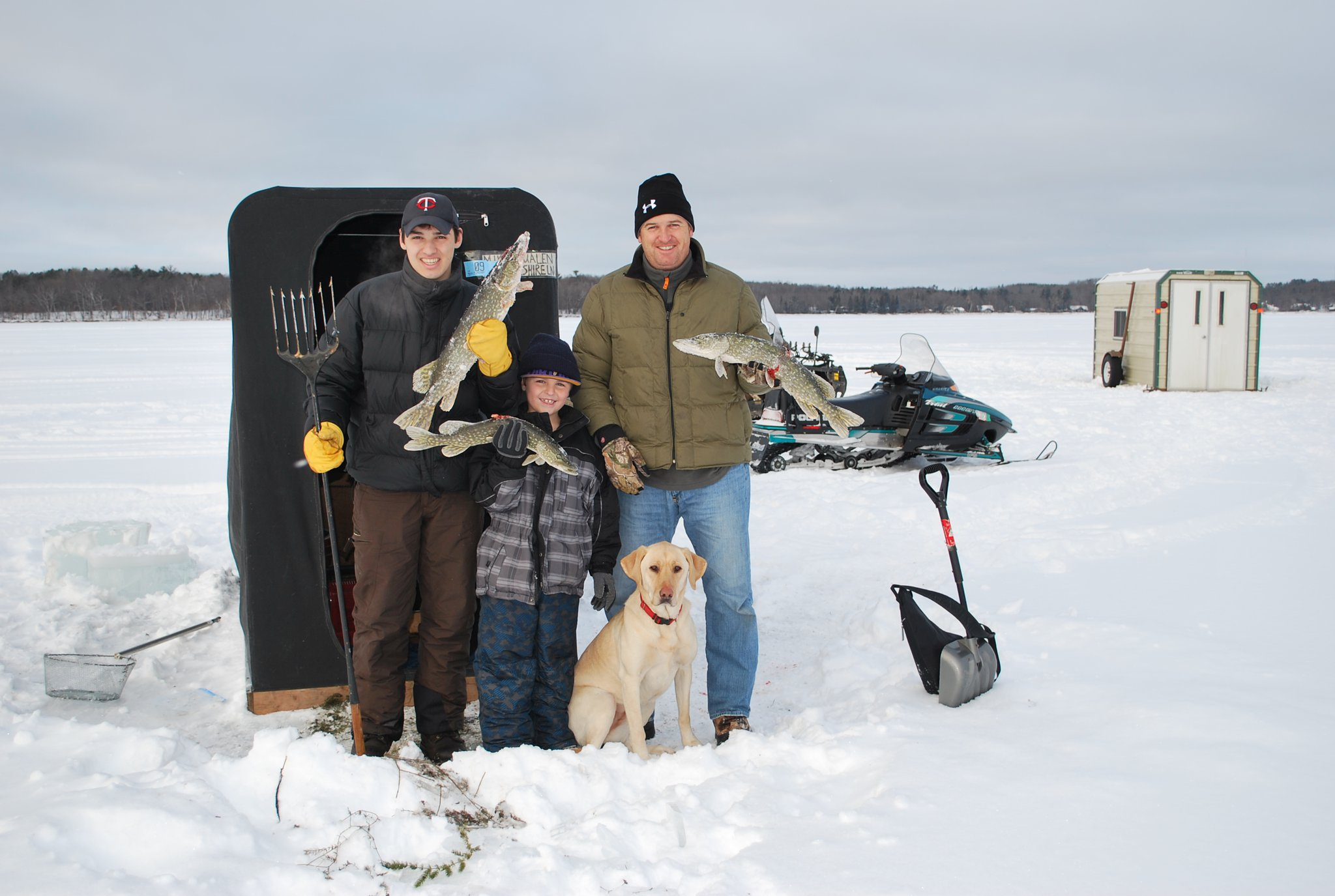 Fishing Christmas 2010 on Gull Lake, MN