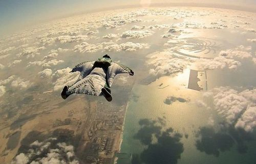 Extreme Wingsuit in Dubai