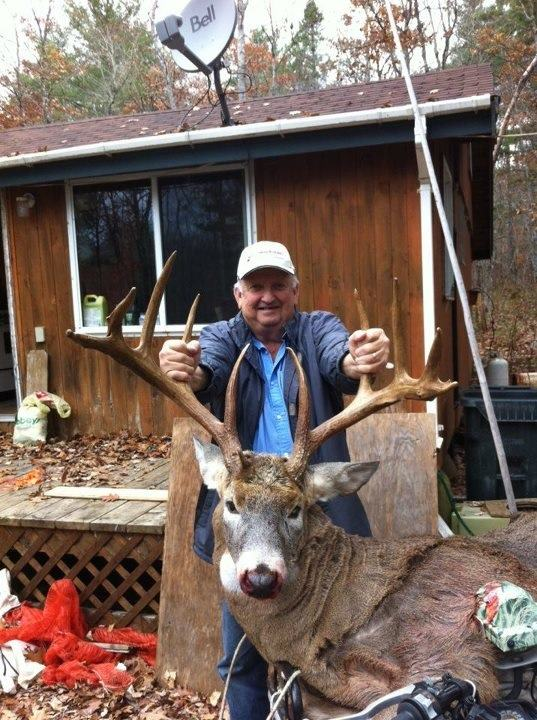 Hunting This buck was shot in Nova Scotia!!!WHat a trophy buck!!!