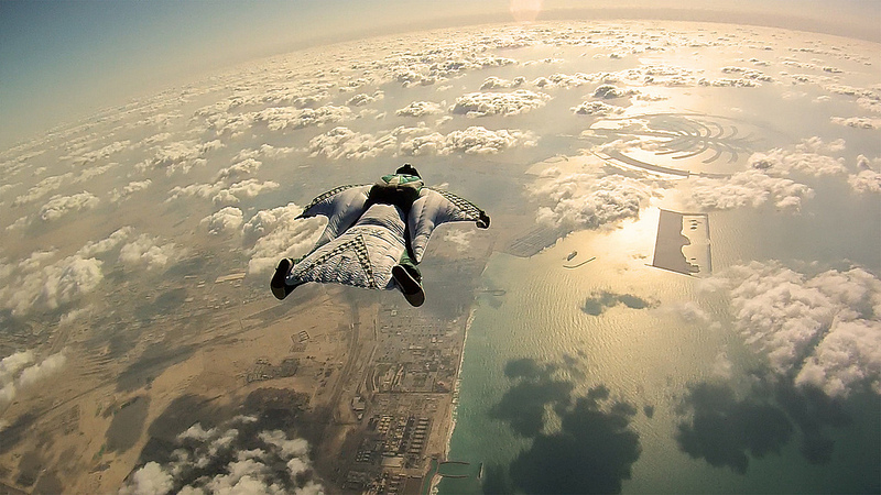 Extreme Dubai Wingsuit Flying Trip