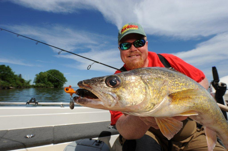 Fishing Northland Thumper jig takes summer walleyes