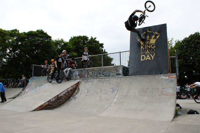 BMX Extension Footplant