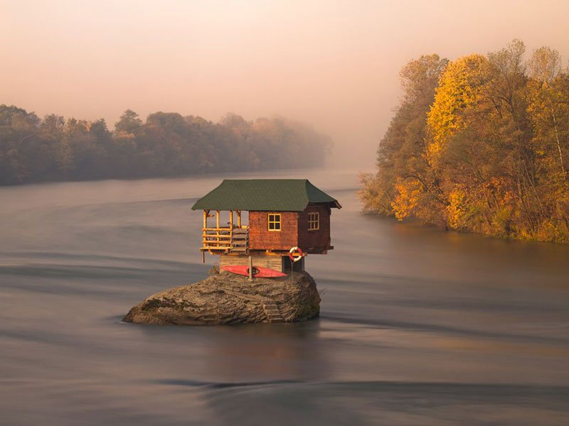 Entertainment A Tiny River House in Serbia