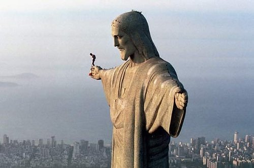 Extreme Base Jump from Christ the Redeemer Statue in Rio de Janeiro